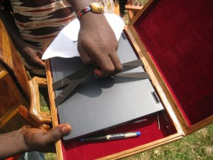 Demonstrating the laptop case